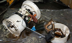 Замена топливного фильтра Mitsubishi Lancer Evo IX