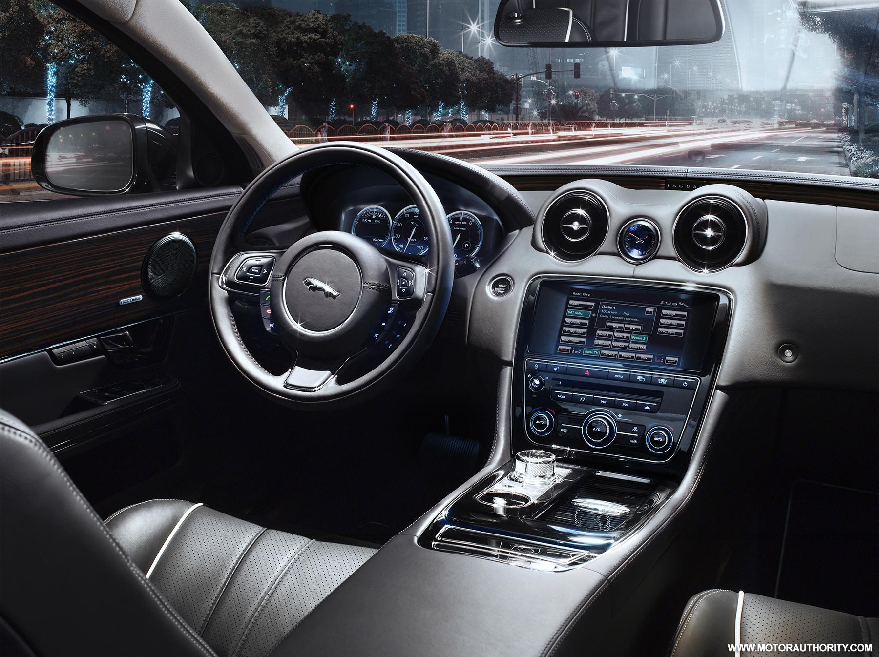 2010 xj jaguar