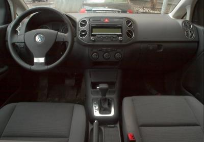 Шины и диски для Volkswagen Golf V Plus 2009
