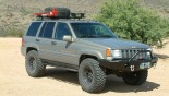 Шины Mickey Thompson Baja MTZ на автомобиле Jeep Grand Cherokee